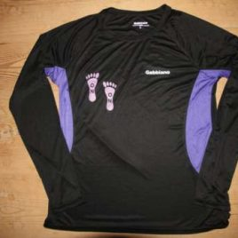 Lady quality running shirt – black with purple parts and light purple print