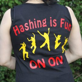 Tanktop woman – fun hashing